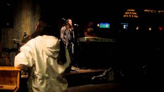 Kristen and Fabiano - Adele - Someone Like You cover (live at The Edge restaurante)