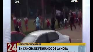 Feroz pelea durante partido de fútbol en Fernando de la Mora