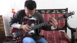 Bruno Mars- Locked Out Of Heaven  ( cover) Bass Jorge Barrero