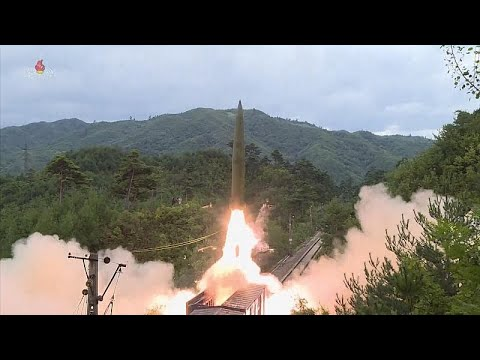 Vasútról indítható rakétákat tesztelt Észak-Korea