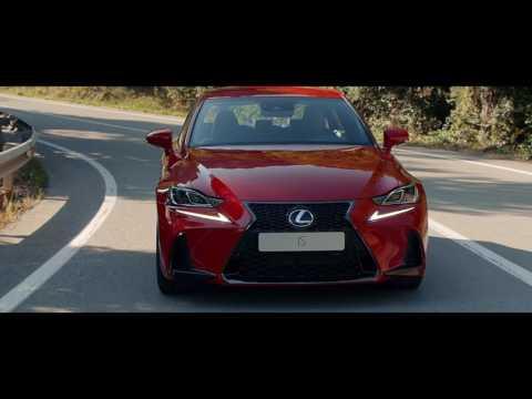 Nya Lexus IS 300h - The Escape
