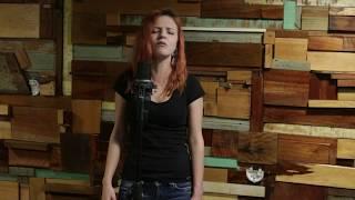 ''Não vale a pena'' - Maria Rita - Cover por Any Bacchi