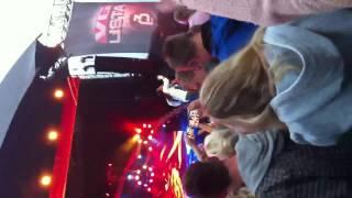 Madcon feat Tumbuktu - vglista (live 2012) (HD)