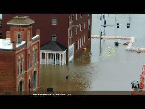 Evacuations Ordered In Davenport, Iowa As Flood Waters Breach Flood Wall