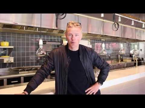 Restaurang K-Märkt, Garnisonen med Jens Dolk