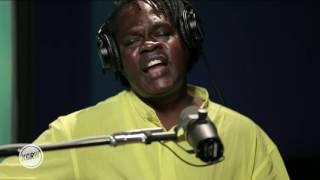 """Baaba Maal performing """"Kalaajo"""" Live on KCRW"""