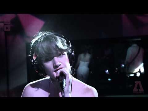 pure-bathing-culture-pendulum-audiotree-live-audiotreetv