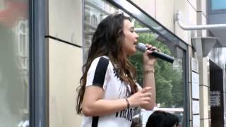 Viviana Grisafi Wrecking Ball (Cover) in Offenbach LIVE