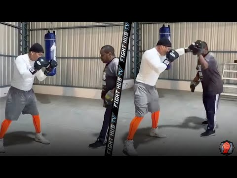 MARCOS MAIDANA LOOKING DANGEROUS ON THE MITTS AS COMEBACK TRAINING CONTINUES!