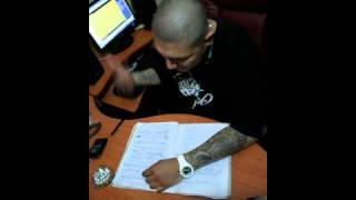 VIVO COMO QUIERO-WARRIOR FT SKY(DISCO INTERNADOS)(AUDIO ORIGINAL)