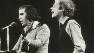 Simon and Garfunkel - Bridge Over Troubled Water (Live 1972)