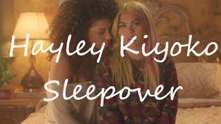 Hayley Kiyoko- Sleepover|Lyrics + Español| Camren