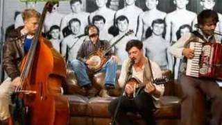 Mumford & Sons - Winter Winds (Live)
