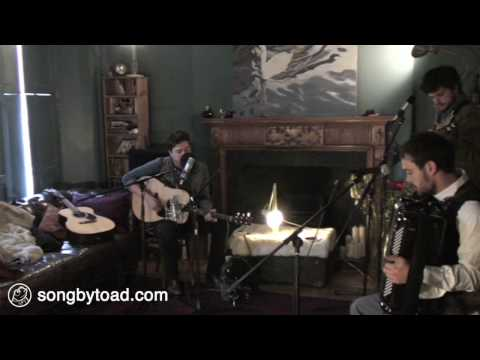 mumford-sons-dance-dance-dance-neil-young-cover-toad-session-songbytoad