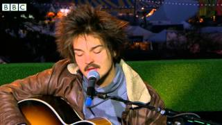 Milky Chance - Stolen Dance at Reading 2014