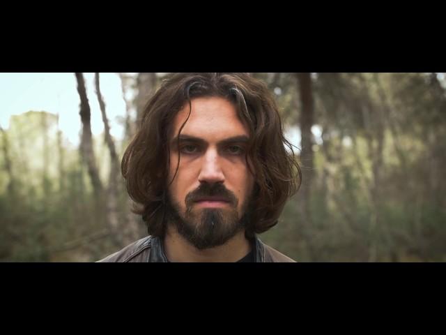 """Videoclip oficial de la canción """"La Guerra"""" de Vadebo."""