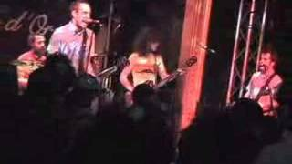 Ted Leo & The Pharmacists COUNTING DOWN THE HOURS live Paris