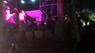 la acera roja en margarita.. semana santa 2011.. caramelos de cianuro kamy beach...