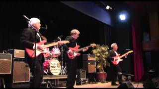 Chattanooga Choo Choo - The Red Strats