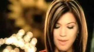 Kelly Clarkson//My Grown Up Christmas List