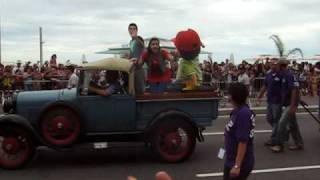 Parada Disney em Copacabana - Manny mãos a obra