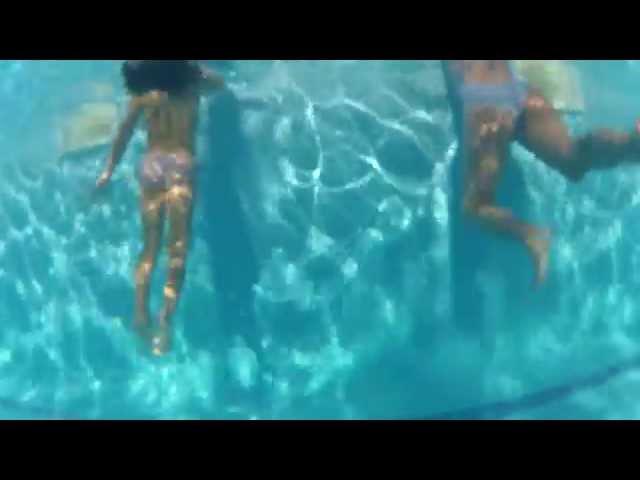 Vídeo de la canción Golpes de Sierra