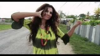 Sylvia Pantoja - Bum Bum (Videoclip oficial)
