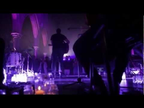 hillsong-chapel-with-everything-2012-forever-reign-720hd-hillsong-page