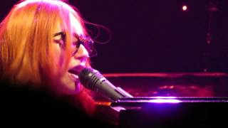 Tori Amos Rotterdam May 26th  2014 Fire on the side