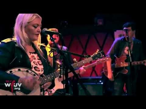 elle-king-good-to-be-a-man-live-at-rockwood-music-hall-for-wfuvs-cmj-showcase-wfuv-public-radio
