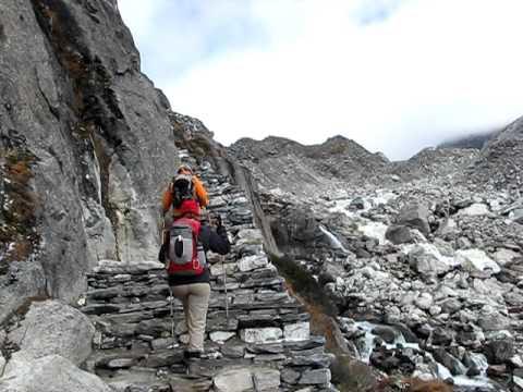 10.10.12.Nepal.Machherma-Gokyo.Dudh Kosi.MVI_8850.AVI