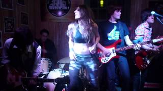 Creedence Clearwater Revival - Proud Mary - Cover by Berenice Gomez Mansur at Molen Bar