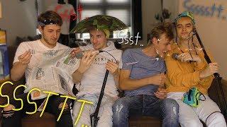 4 jongens die ASMR doen..