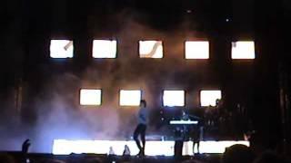 Carlos Baute en concierto , leon . quien te quiere como yo . 16/17