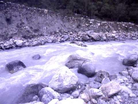 The mighty Dudh Koshi River