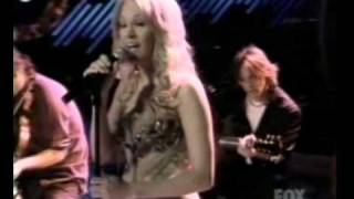 Carrie Underwood Performs - I'll Stand By You - Live