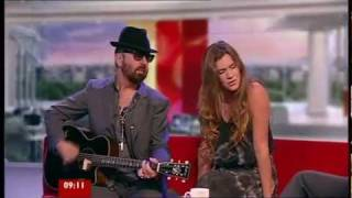 JOSS STONE -  NEWBORN ( Live Acoustic At BBC Breakfast)