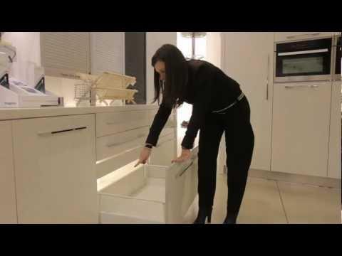 סרטון: מנגנונים למגירות במטבח במחירים אטרקטיביים