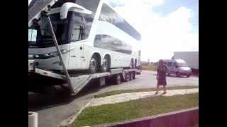 Manobra de cegonha com ônibus