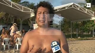 Miles de personas se destapan en el  Festival Nudista de playa mexicana Zipolite