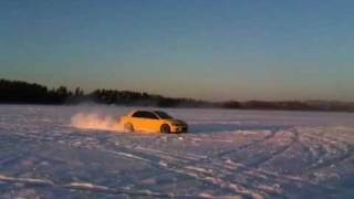 Mitsubishi Evolution 8 370hp drifting in icy sea, nice sounds