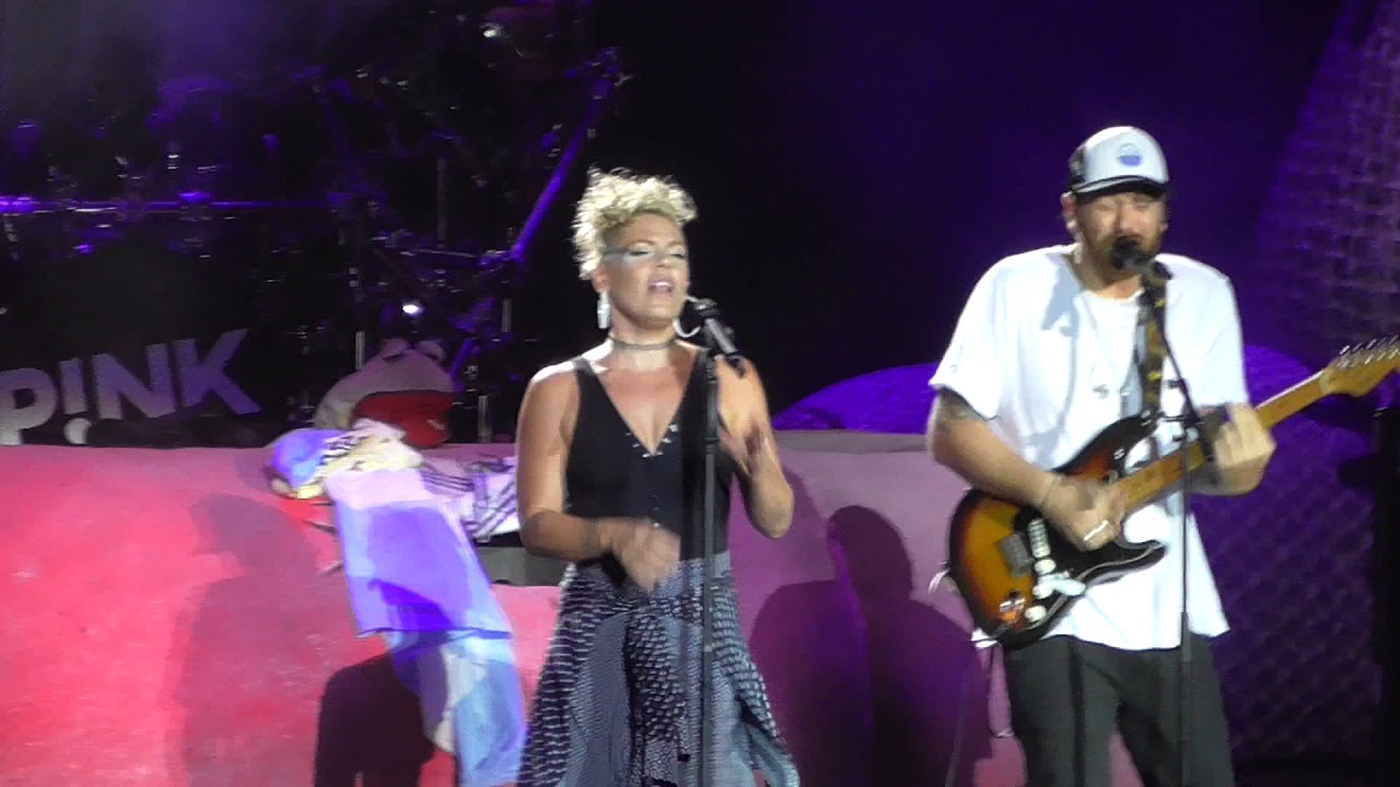 Best Ways To Surprise Your Boyfriend With Pink Concert Tickets January 2019