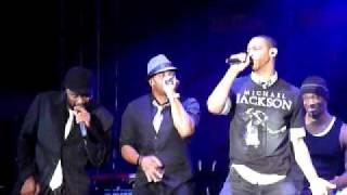 Naturally 7's tribute to Michael Jackson with Chris Tucker (Bermuda Music Festival 2009)