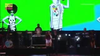 Ludmilla e Anitta  - bom / salvador fest ao vivo