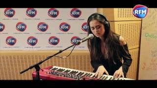 Jasmine Thompson - Mad World (Tears for Fears / Gary Jules cover) dans les studios RFM
