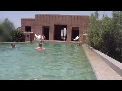 1001 Adventure Tours | Travel Blog – Travel Minute | Relaxing at Pool in Morocco