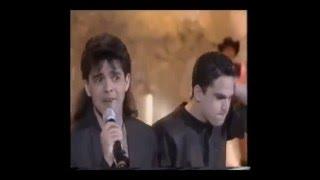 Zezé de Camargo & Luciano- Coração Está Em Pedaços (Anos 90)