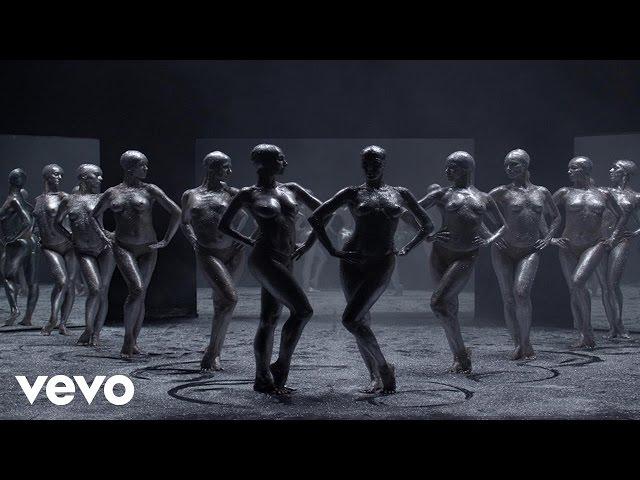 Videoclip de 'Waiting For The Stars', de Vitalic, David Shaw y The Beat.