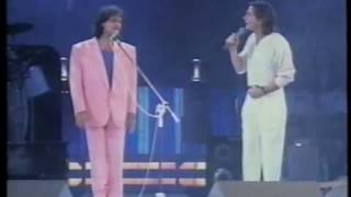 Roberto Carlos & Fábio Jr.  *** ESQUEÇA *** Gravado no Estádio Mineirinho BH 1994