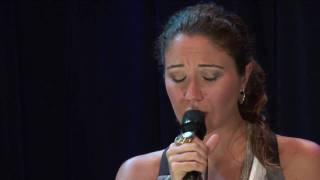 """Maria Rita com Quinteto em Branco e Preto - """"Mente ao Meu Coração"""" - Trama/Radiola 13/07/09"""